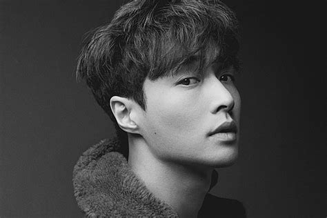 EXO Member Lay Zhang Releases Holiday Song 'When It's