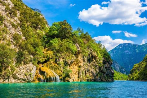 Discover France's stunning national parks | Holiday ideas