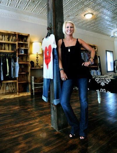 AG files tax evasion charges against Lincoln clothing