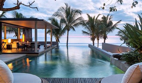 33 infinity pools in Bali that'll take your breath away