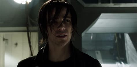 Twitter reacts hilariously to 'emo Barry' in The Flash