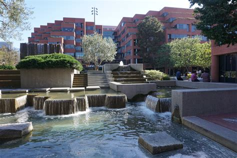 The Sierra in the City: Lawrence Halprin and Levi's Plaza